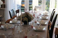 Aranżacja stołu na przyjęciu komunijnym - Państwo Michalscy