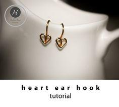 heart ear wire tutorialearring finding by HelenaBausJewellery Wire Jewelry Earrings, Diy Jewellery, Bridal Jewelry, Handmade Jewelry Tutorials, Wire Tutorials, Earring Tutorial, Jewelry Patterns, Bangles, Heart