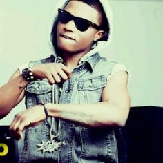 WizKid= Naija artist will be in Houston July Nigerian Music Videos, Big Music, Old School Music, African Artists, Black Boys, Latest Music, My Boys, Beautiful People, Listen Download
