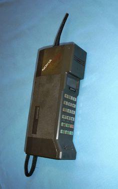 In 1987 Nokia the Mobira Cityman.