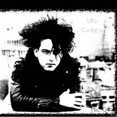Instagram photo by thecure.fanpage - ROBERT SMITH THE CURE FAN PAGE #ROBERTSMITH…
