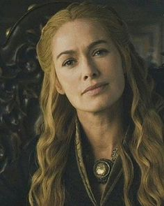 The beautiful Cersei Lannister Game Of Thrones Cersei, Game Of Thrones Tv, Game Of Thorns, Cercei Lannister, Got Merchandise, Queen Cersei, Cersei And Jaime, George Rr Martin, Beautiful Actresses