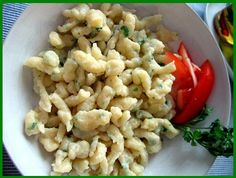 Czech Recipes, Ethnic Recipes, Snack Recipes, Healthy Recipes, Gnocchi, Dumplings, Pasta Salad, Cauliflower, Macaroni And Cheese