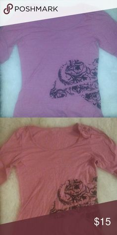 4d41c900e6fcf7 Pink design long sleeve Pink and black design buttons on shoulder can wear  open or closed PacSun Tops Tees - Long Sleeve