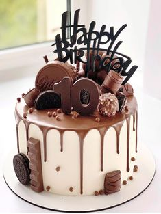 Chocolate Birthday Cake Decoration, Candy Birthday Cakes, Unique Birthday Cakes, Beautiful Birthday Cakes, Birthday Cake Decorating, Cake Decorating Tips, Chocolate Cake Designs, Chocolate Truffle Cake, Cake Cookies