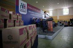 El gobernador del estado de Querétaro, Francisco Domínguez Servién visitó el municipio de Landa de Matamoros durante su segundo día...