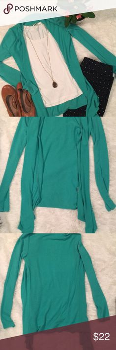 Green cardigan Never worn! Cardigan tapers slightly longer in the front.  🚫TRADES 🚫LOWBALL OFFERS  ⭐️ BUNDLE TO SAVE!! 41 Hawthorn Sweaters Cardigans