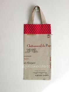 Hoy os traigo otra bolsa para el pan, la he hecho con una tela que hace mención a bodegas de vino franceses, la he combinado con lunares roj...