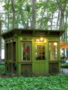 Tiny Flower Shop