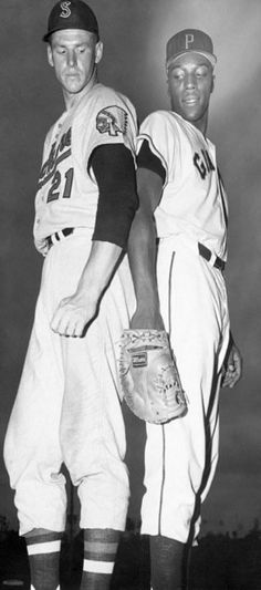 Frank Howard (with Spokane at the time), and Willie McCovey.