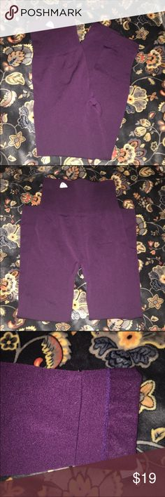 """Plum fleece lined leggings Plum colored fleece lined leggings. NEW. Perfect for fall and winter! These are high waisted for extra comfort or """"tummy control"""". OS (fits approximately 2-12 comfortably) Pants Leggings"""