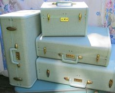 Retro baby blue sparkle Samsonite luggage from the 1950's