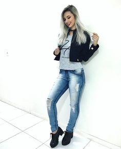 "8,403 Likes, 164 Comments - Janaína Taffarel (@janataffarel) on Instagram: ""Boa noite gatinhas ❤"""