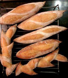 Багеты Bread, Food, Brot, Essen, Baking, Meals, Breads, Buns, Yemek