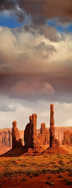 The Totems, Monument Valley Navajo Tribal Park, Arizona/Utah border, United States. - photo by Ryan Houston. All of Monument Valley is spectacular. Arches Nationalpark, Yellowstone Nationalpark, Places To Travel, Places To See, Monument Valley, All Nature, Great Smoky Mountains, Natural Wonders, Wyoming