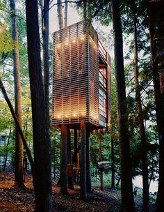 Treehouse, Lake Muskoka, Ontario, photo by Mark Mahaney