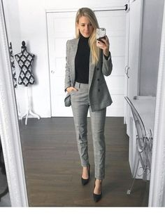 Check office fashion women work outfits business casual, edgy office fashion business attire, office fashion business womens, office outfits women business boss lady, work attire women the office youn Work Attire Women, Office Outfits Women, Office Fashion Women, Casual Work Outfits, Mode Outfits, Work Casual, Women's Casual, Lawyer Fashion, Work Outfits Office