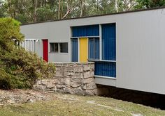 Harry Seidler - Rose Seidler House #25 Mid Century Modern Living Room, Mid Century Modern Design, Historical Architecture, Architecture Design, Techno, Mid Century Exterior, House Siding, Australian Homes, Bungalows