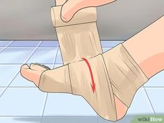 How to Treat Neuropathy in Feet: 15 Proven Ways to Relieve Symptoms Peripheral Neuropathy, Foot Remedies, Foot Pain Relief, Neuropathic Pain, Diabetic Neuropathy, Sore Feet, Peripheral Nervous System, Nerve Pain, Fibromyalgia