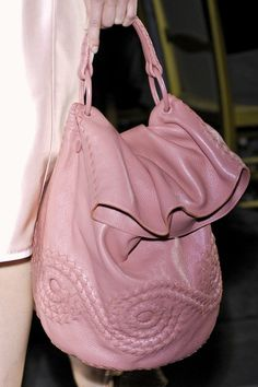 It bag is much more impress you friends and another, if you want to get fine touch with that so can easy to contact.