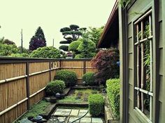 57 Bamboo Fence Ideas for Small Houses - Matchness.com