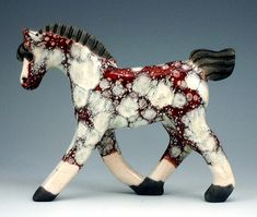 Horses - Crain Art Studio I have one of these horses! Pottery Animals, Ceramic Animals, Pottery Sculpture, Pottery Art, Horse Artwork, Horse Paintings, Pastel Paintings, Sculptures Céramiques, Creation Deco