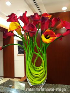 Floral Arrangement of red and yellow calla lilies Beautiful Flower Arrangements, Silk Flowers, Floral Arrangements, Beautiful Flowers, Lilies Flowers, Beautiful Bouquets, White Flowers, Tulips, Arte Floral