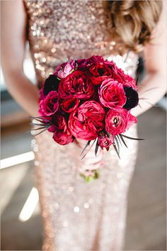 James Bond inspired Red and Black Wedding. #weddingchicks Captured By: Amanda Marie Studio http://www.weddingchicks.com/2014/07/24/romantic-red-and-black-wedding/