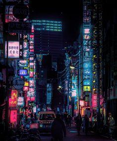 東京がまるで異世界に 謎の写真家はカナダ在住の25歳