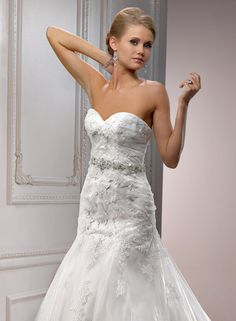 Maggie Sottero Large View of the Sarchi Bridal Gown