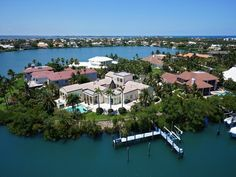 Luxury real estate in Stuart FL US - Magnificent Waterfront Estate - JamesEdition
