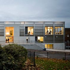 London youth centre featuring a translucent polycarbonate facade.