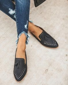 Loafers are timeless and oh so chic. Our Adline Studded Loafers are faux leather with silver studs t Ankle Boots, Shoe Boots, Shoes Sandals, Women's Boots, Timberland Boots, Cute Shoes, Me Too Shoes, Vans Authentic, Loafers Outfit
