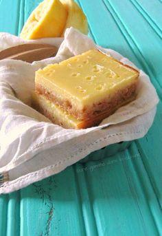 une gamine dans la cuisine: Meyer Lemon Buttermilk Bars