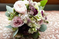 Love it when we get a new batch of photos to share! Thank you John Keon Photo ! This one is from Eleanor & Daniel's gorgeous wedding. Flowers by Ellen Snyder Floral Design - http://ift.tt/1i1Kl0R
