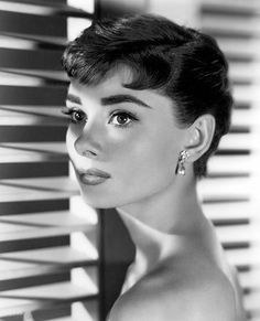 Audrey Hepburn: Mademoiselle Michelle - Audrey in Sabrina, the perfect movie for rainy days at home. by elvia