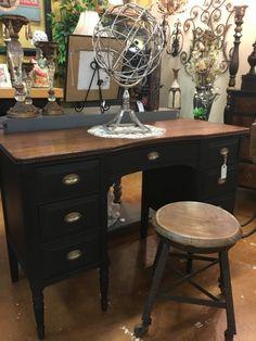 Antique Black Desk #antique #bedroom #office #shabby Bedroom Office, Office Desk, Black Desk, Antique Desk, Primitive Furniture, Desks, Shabby, Antiques, Vintage