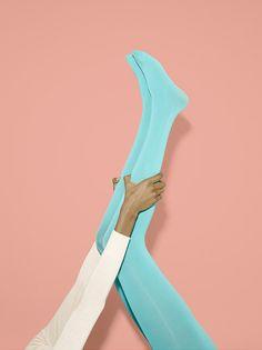 american-apparel-seafoam-tights-something-about-magazine - Photo American Apparel, Editorial Photography, Fashion Photography, Pastel Photography, Photography Aesthetic, Hyanna Natsu, Hippie Look, Green Leggings, High End Fashion