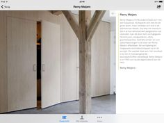 Voorbeeld van meubel,in de hal met wc en garderobe, in de woonkamer kasten, tv, keuken. 1 'doos' met meerdere functies.