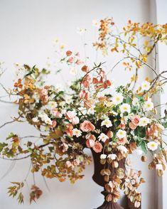 Studio Mondine organic floral design.