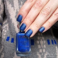 Pull d'hiver - Stamping Vivid Lacquer