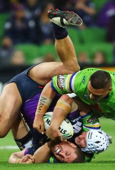 Rugby League, Rugby Players, Australian Football, Funny Sports Pictures, Rugby Men, Hard Men, Beefy Men, Soccer Boys, Thing 1