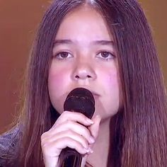 Vanessa Souza - Singer http://kissvoice.com/profile/vanessa-souza/