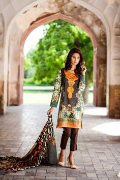 Asifa-And-Nabeel-Digital-Emprimare-Lawn-Collection-2015-For-Eid-1