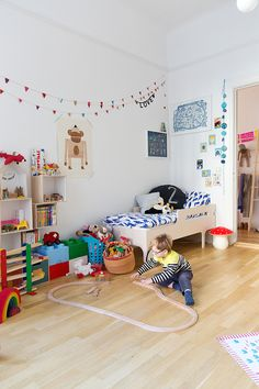 DE LUNARES Y NARANJAS: Miércoles de arquitectura: una casa familiar en Malmo