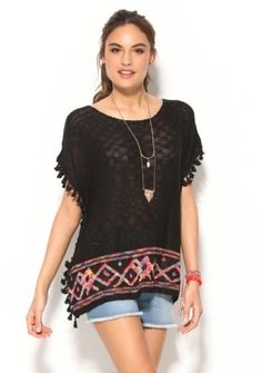 Pončo se střapečky #ModinoCZ #poncho #style #modino_style #fashion #tribal #ethno #jeanshorts #outfit #casual