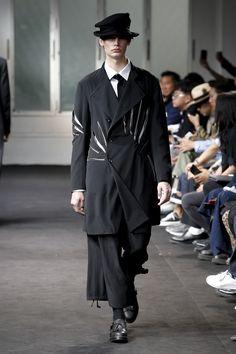 8ec79b514a7e Yohji Yamamoto Spring 2019 Menswear Fashion Show Collection  See the  complete Yohji Yamamoto Spring 2019