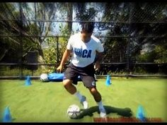 Soccer Footwork: 600 Touches in 6 Minutes Soccer Gifs, Soccer Quotes, Soccer Videos, Football Videos, Soccer Coaching, Soccer Training, Beast Mode Soccer, Soccer Dribbling Drills, Best Football Skills