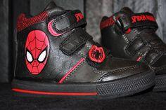 Spiderman kengät 39.95e www.minihevii.fi