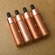 Swiss Beauty Drop & Glow Liquid Highlighter- A boost of radiance. 🌟Effortless Blend 🌟Highly Pigmented 🌟Dermatologically Tested #highlighter #highlight #liquidhighlighter #radiance #enhance #luminous #glowup #makeupaddict #blendable #beauty #cosmetics #bblogger #makeupessential #swissbeauty